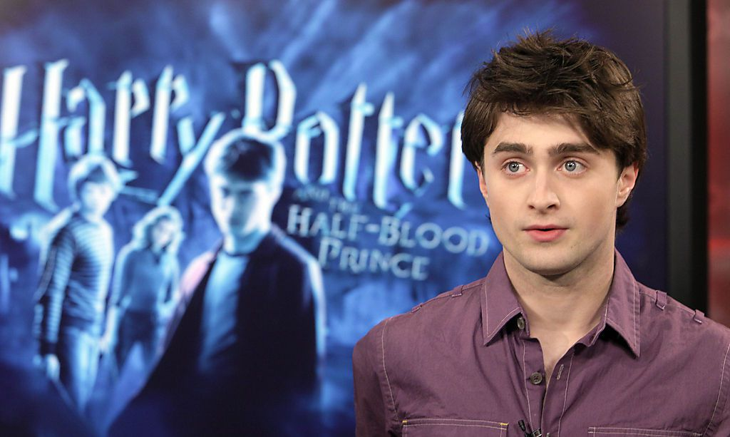 radcliffe singles Daniel radcliffe family: siblings, parents, children, wife does he have siblings who are his parents  he has been dating an actress erin darke since 2012.