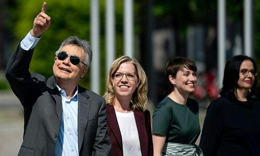 Sonnenschein über dem Grünen Team in Linz: Werner Kogler, Leonore Gewessler, Klubobfrau Sigi Maurer, Andrea Mayer