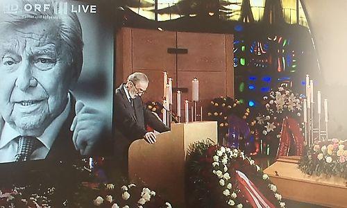 Heinz Nußbaumer bei seiner Trauerrede