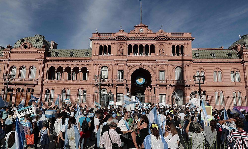 """Argentinien: Proteste wegen """"VIP-Impfungen"""""""