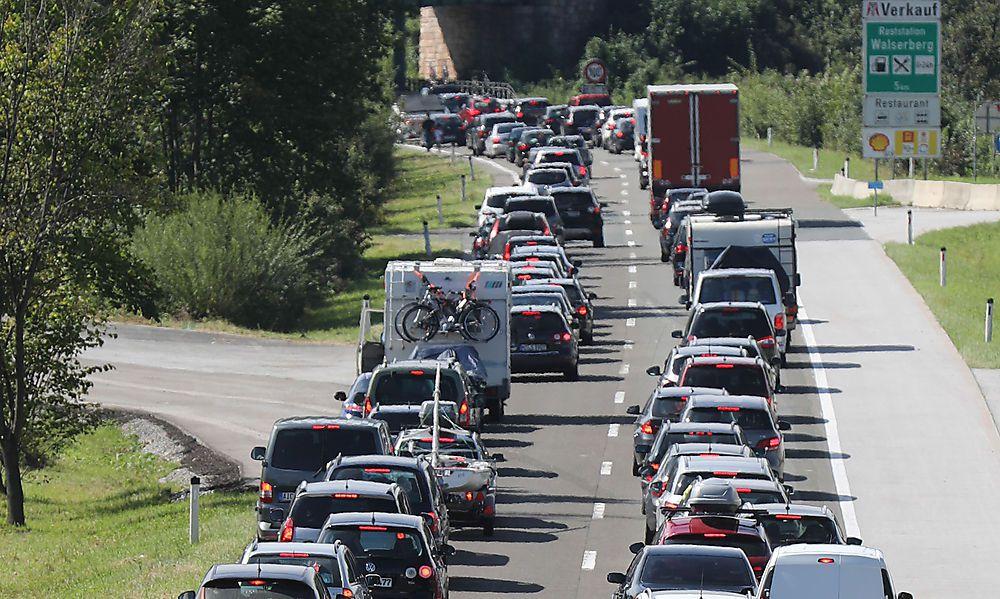 Staus: Verkehr Richtung Süden steht teilweise still