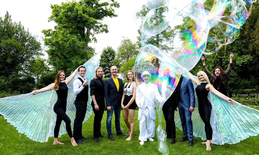Magie, Artistik und Seifenblasen für den Grazer Sommerball