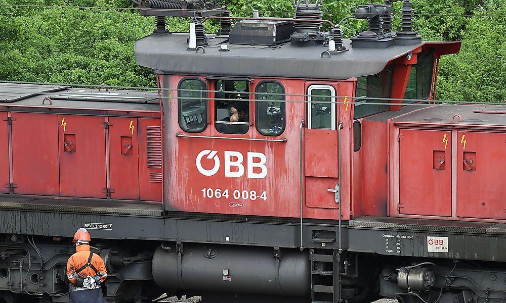 Bahnmitarbeiter gehen vier Jahre früher in Pension