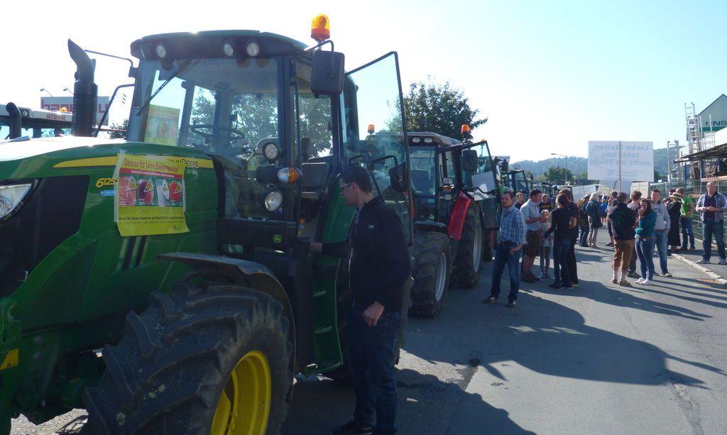 Leibnitz, Deutschlandsberg - Heute fuhren die Traktoren auf