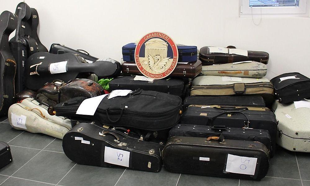 95 Instrumente sollten illegal nach Österreich