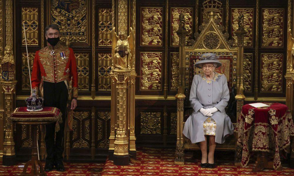 Die erste Rede der Königin ohne Ehemann