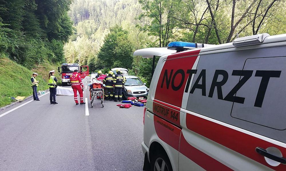 Zwei Verletzte nach Unfall in Kremser Reihen