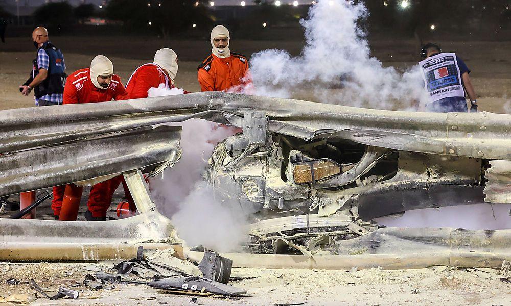 Motorsports: FIA Formula One World Championship, WM, Weltmeisterschaft 2020, Grand Prix of Bahrain, Debris following th