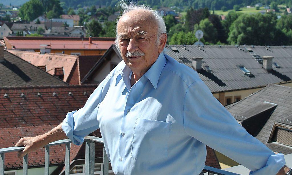 Horst Berger ist seit 46 Jahren für die Patienten da - Kleine Zeitung