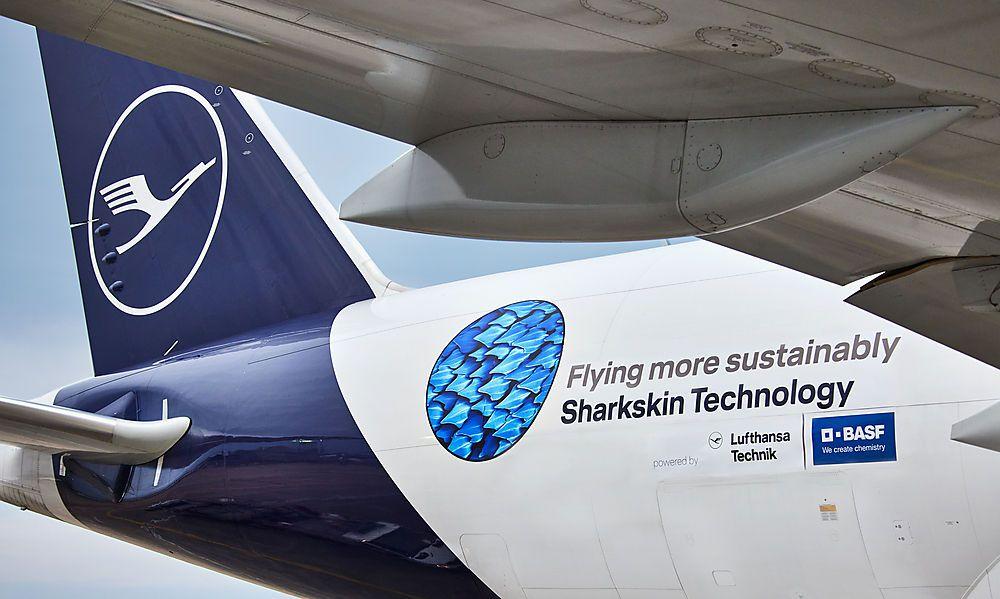 Lufthansa überzieht Fracht-Jets mit Haifischhaut