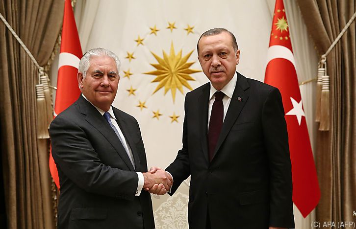 """""""Produktives Gespräch"""" zwischen Tillerson und Erdogan"""
