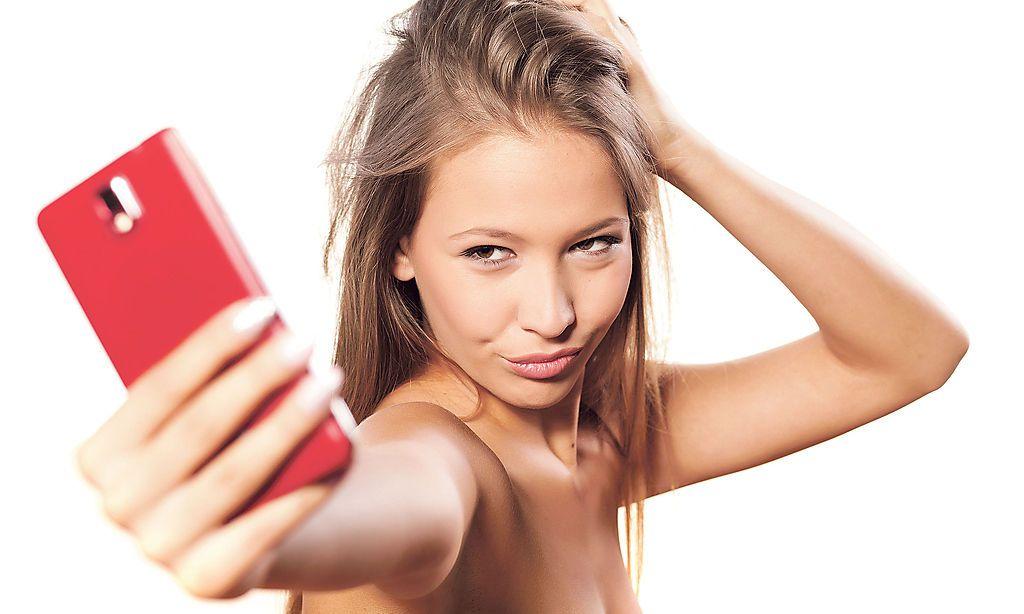 Heute nackt jugendliche zwischen 16 Nude Photos 5