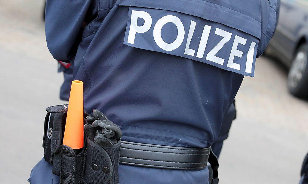 Polizist attackiert: Beamter musste ins Spital