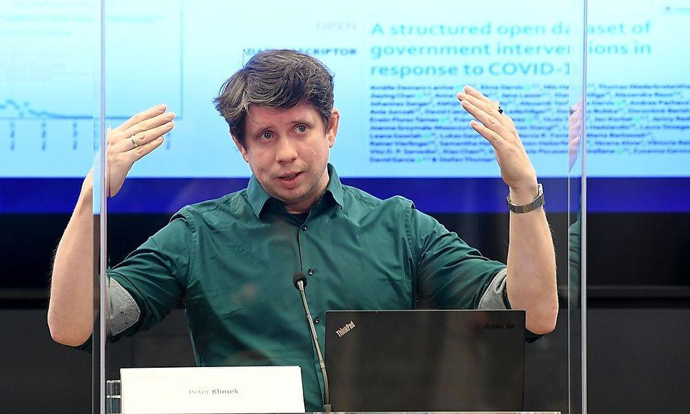 CORONA: PK 'UPDATE UND STUDIE ZU MASSNAHMEN ZUR BEKAeMPFUNG DER COVID-19 PANDEMIE': KLIMEK