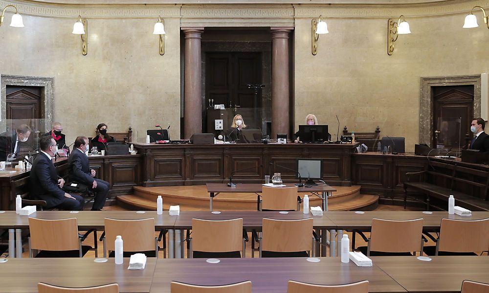 Strache und Grubmüller vor der Richterin