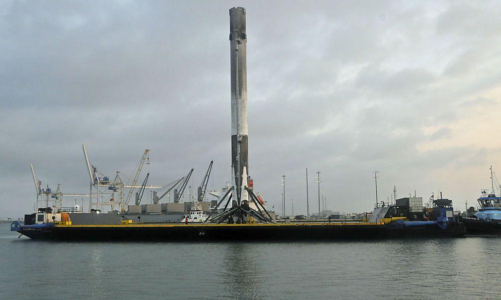 SpaceX verschiebt Rakenstart mit militärischem Hintergrund