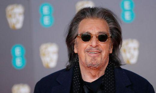 Al Pacino ist wieder solo