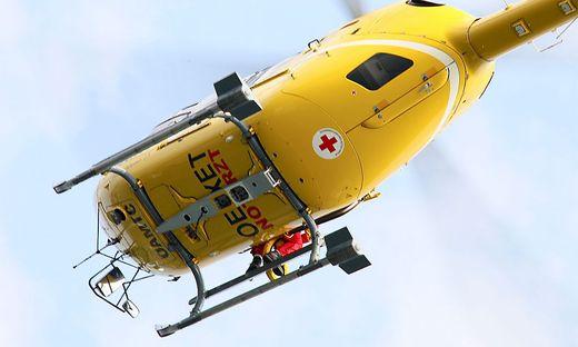 Der schwer verletzte Steirer wurde vom C 11 ins Spital geflogen (Sujetbild)
