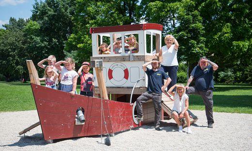 Das neue Holzschiff bietet Aussicht auf Spaß