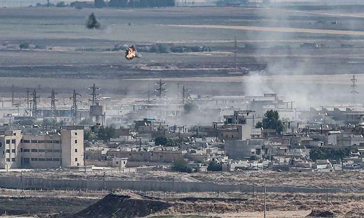 Syrien entsendet Truppen gegen türkische Offensive