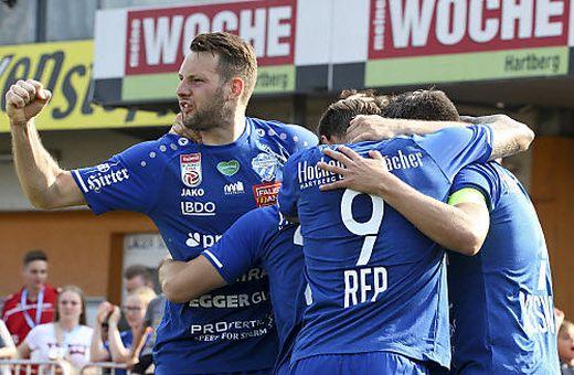 Thomas Rotter will auch nächste Saison für den TSV jubeln