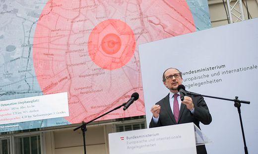 Außenminister Alexander Schallenberg bei einer Pressekonferenz zum Thema