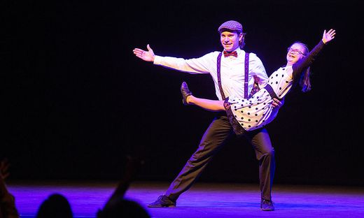 Markus Faymann und Lena Strohriegel tanzten beim Demonstrationsbewerb.