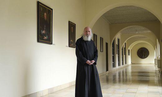 Pater Anselm ist Theologe, Philosoph und Betriebswirt