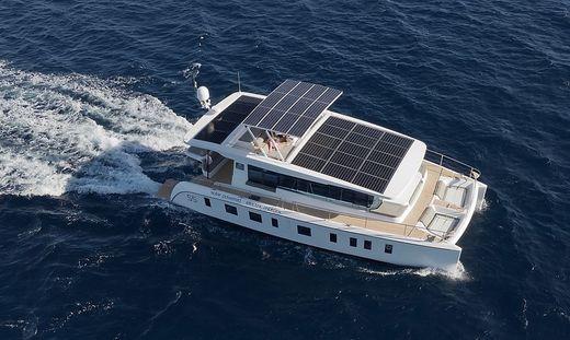 Die Boote von Silent-Yachts werden mit Solarenergie versorgt und sind damit autark