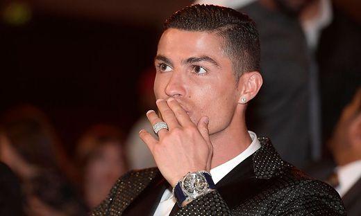 Ex Geliebte Klagt An Ronaldo Ist Ein Kontrollfreak Tyrann Und