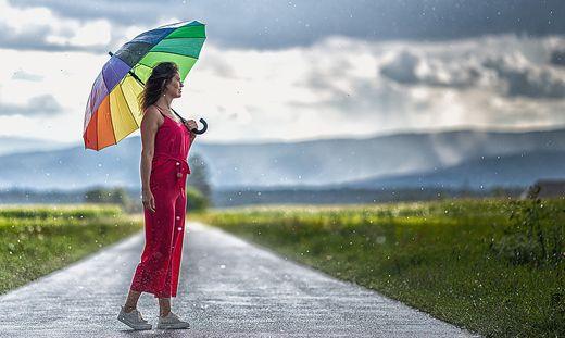 Am Dienstag ist es ratsam, den Regenschirm dabei zu haben
