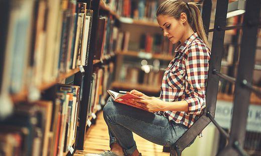Lesen kann neue Perspektiven eröffnen. Klagenfurter Forschungsprojekt geht dieser These nach