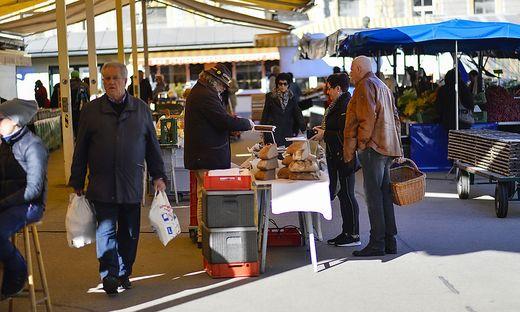 Weniger Standler und Besucher auf dem Benediktinermarkt