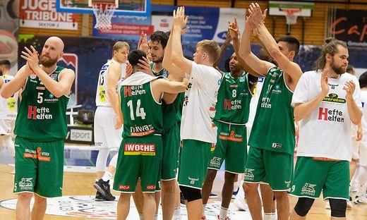 BASKETBALL SUPERLIGA / FINALE BEST-OF 5 / 1. SPIEL: SWANS GMUNDEN - KAPFENBERG BULLS