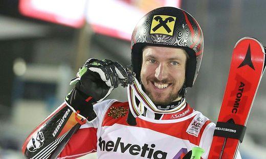 Marcel Hirscher mit dem Raiffeisen-Helm