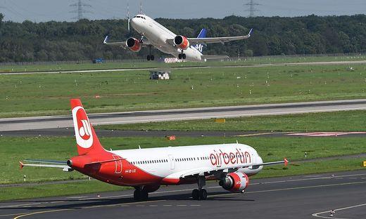 Ein Kredit hält die Air Berlin vorerst am Leben