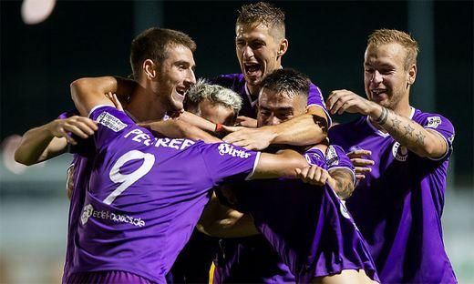 Violett ist aktuell die Farbe in der 2. Liga. Die Austria ist Spitzenreiter