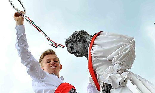 Tobias Kämper ist der glückliche Sieger