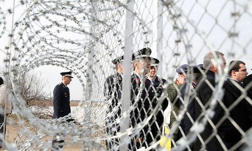 GREECE BORDERS SECURITY FENCE