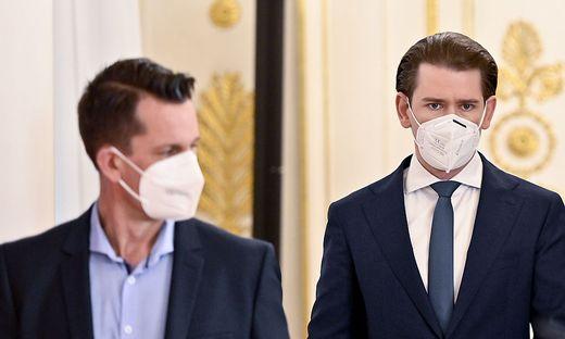 Nicht ohne meine Maske - zumindest im Freien könnte sich das bald ändern, auch wenn sich Gesundheitsminister Wolfgang Mückstein und Kanzler Sebastian Kurz noch nicht einig sind über den Termin