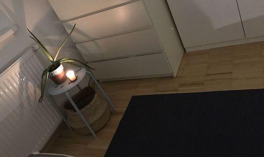 Meditieren auf der Yoga-Matte