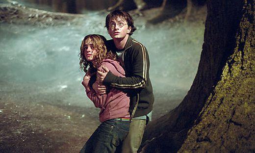 Harry Potter (Daniel Radcliffe) und Herminge Granger (Emma Watson)