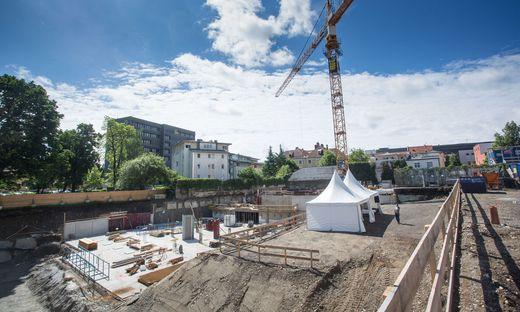 Im Hinterhof der BKS Bank entsteht ein Wohnpark