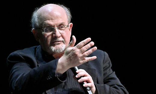 """Salman Rushdie bringt den neuen Essayband """"Sprachen der Wahrheit"""" auf den Markt – hier ein exklusiver Vorabdruck"""