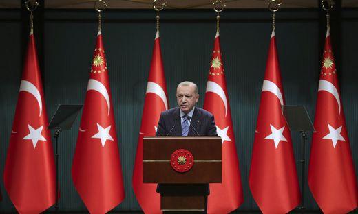Aussitzen, verbieten, verschweigen: der türkische Präsident Recep Tayyip Erdoğan