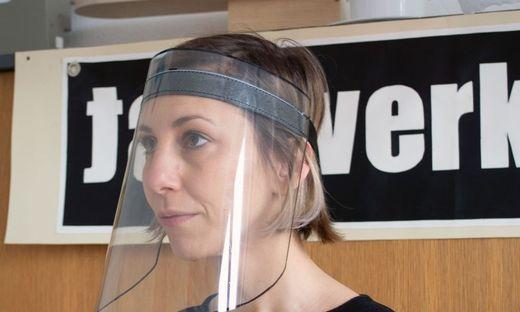 Das Gesichtsschutzschild