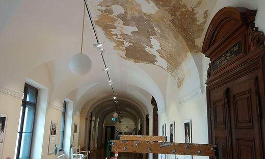 Grazer Rathaus Feuchtigkeitsschäden