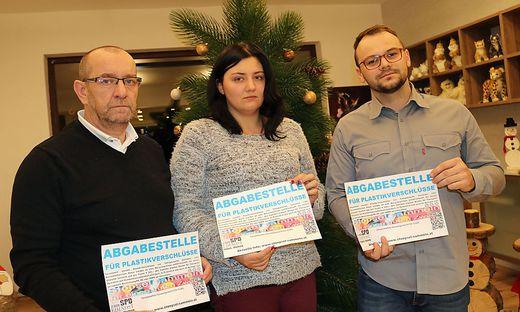 Boris Sturm, Initiator der Hilfsaktion,  Julia Prantl und Edinost-Obmann Matej Trampusch (von links)
