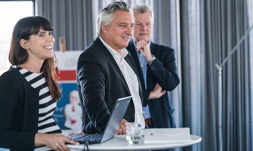 Bettina Schmid (Dialog-Ressort), Chefredakteur Hubert Patterer und Medienmanager Bernd Olbrich