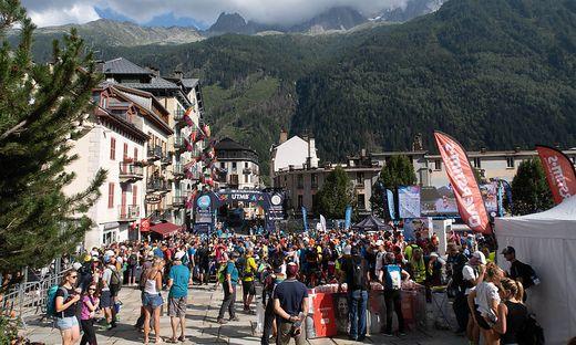 Auf der TDS-Strecke des UTMB sind 145 km und 9.100 hm zu absolvieren. Die Strecke ist nach den Dukes der Savoie benannt.